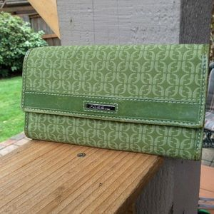 Fossil wallet green leather trim